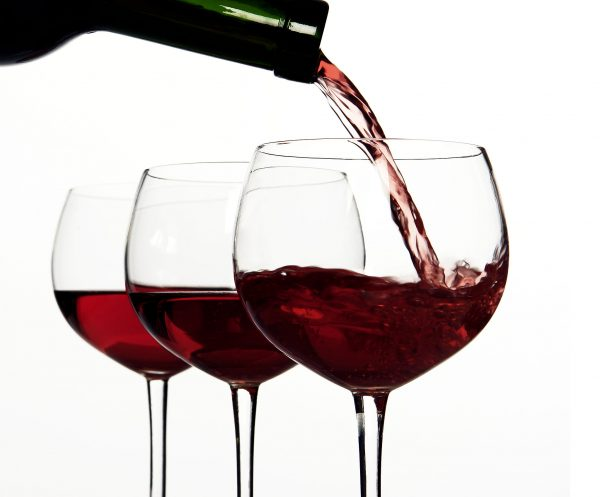 avoid-red-whine-for-whiter-teeth