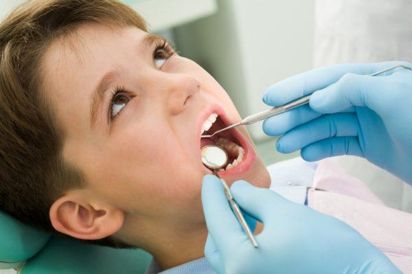 child-at-the-dentist-emergency