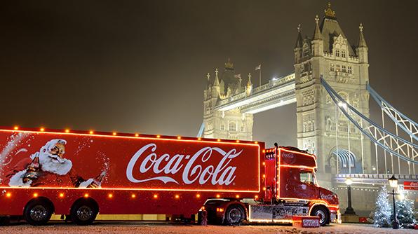 christmas, coca-cola, coke, soft drinks, festive, dentist, fury, NHS