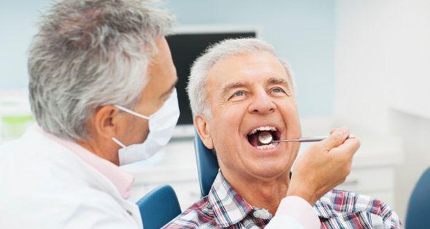 Andrew W Kaczmarski Dental Surgery 80 AT 1