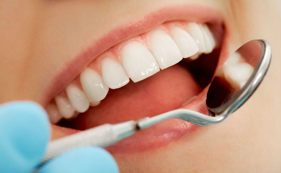 Court Dental Clinic 6734 AT
